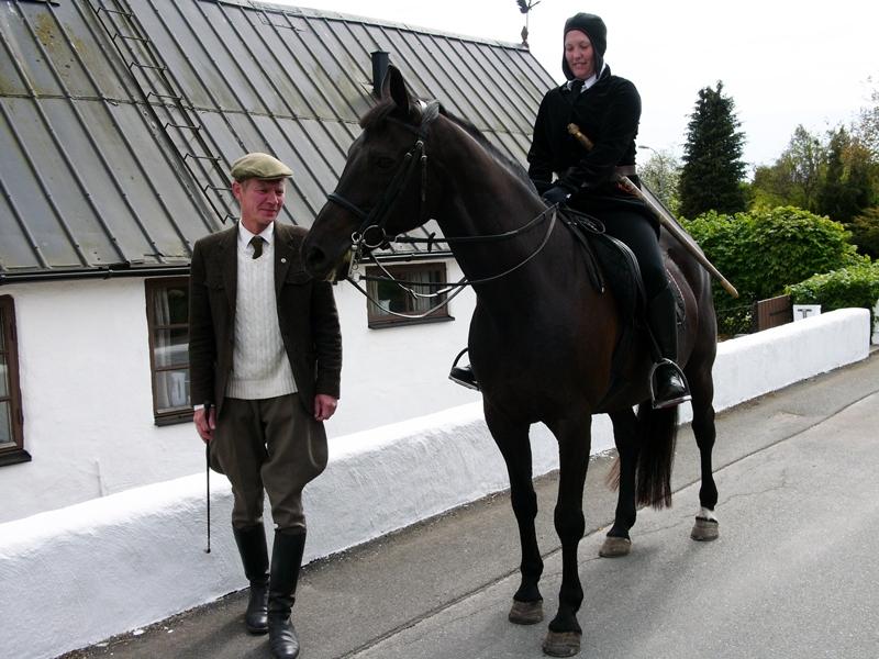 Ryttaren, hästen och hästkarlen