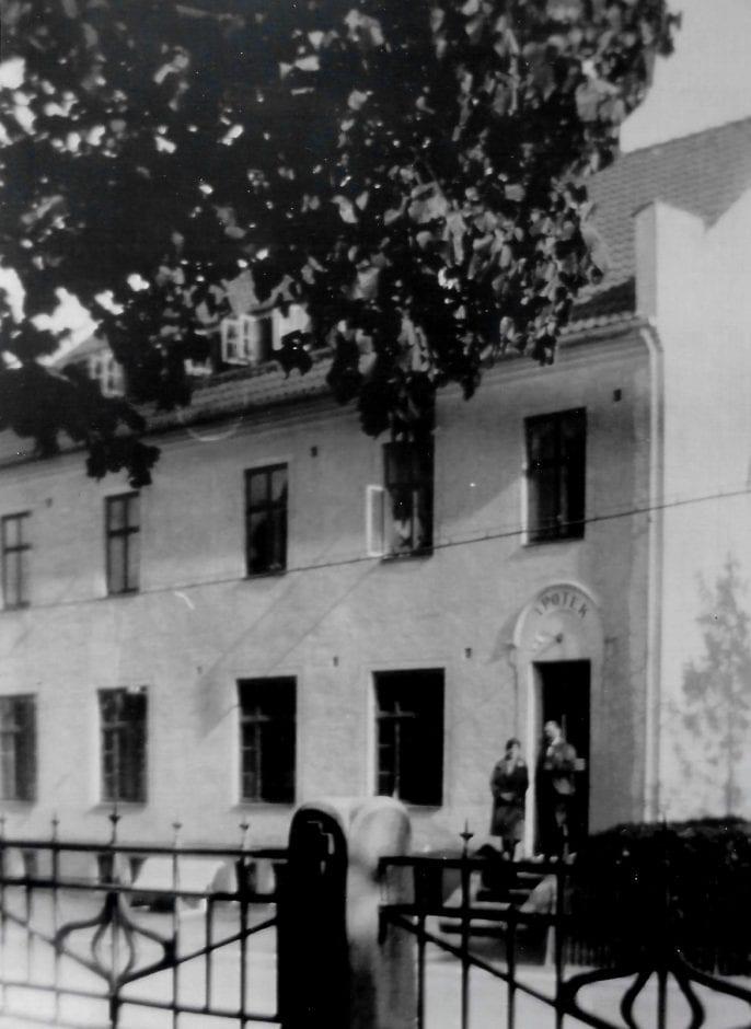 Apotekare Bergling i Borrby (2)