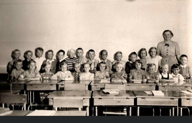 Skolklass Borrby 1952