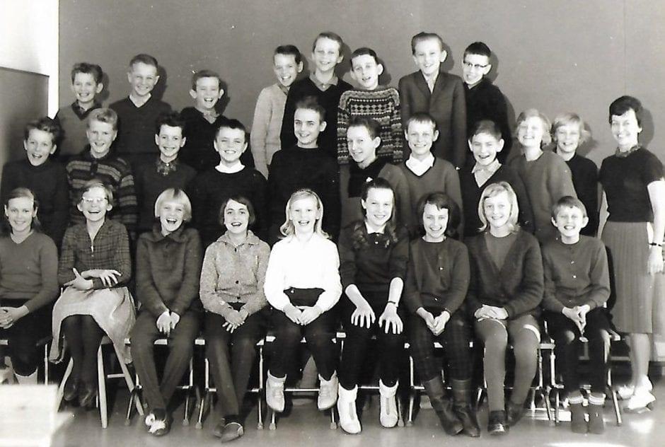 Skolklass Borrby 1963.